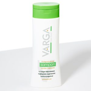 Șampon regenerativ cu plante medicinale